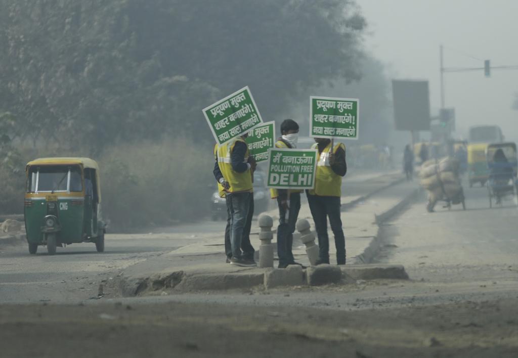 vehicles in road delhi polution க்கான பட முடிவு