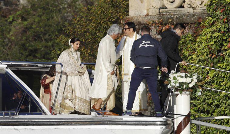 ranveer singh and deepika padukone wedding photos italy