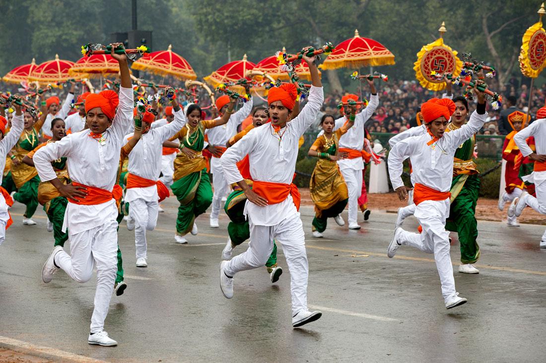 https://cdn.tamilspark.com/media/163183jv-indiadancers.jpg