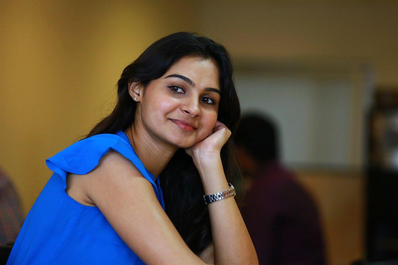https://cdn.tamilspark.com/media/167378lu-actress-andrea-jeremiah-in-taramani-movie-stills-4.jpg