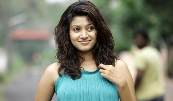 https://cdn.tamilspark.com/media/16846lfs-oviya-biography.jpg