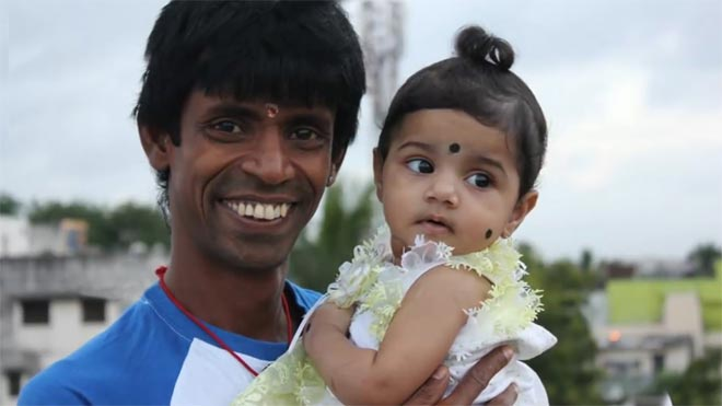 https://cdn.tamilspark.com/media/172392rw-actor-kottachi-family-photos_1540209259180.jpg