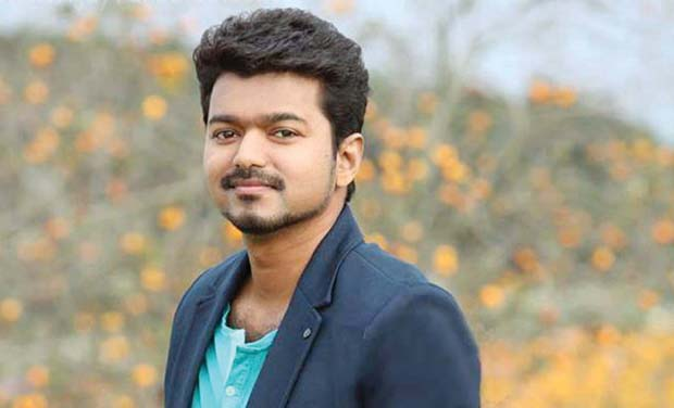 https://cdn.tamilspark.com/media/1725493d-VIJAYUCUOUT1_0.jpg