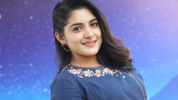https://cdn.tamilspark.com/media/17507d8s-Actress-Niveda-Thomas-Photoshoot-Images.jpg