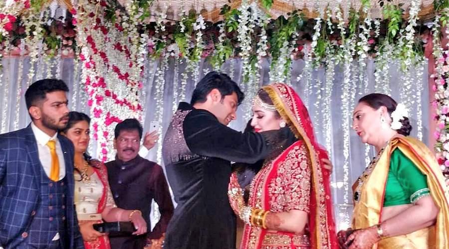 arya sayesha marriage க்கான பட முடிவு