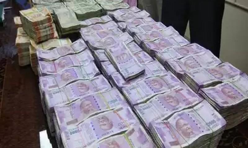 rs-3-crore-seized-in-government-bus