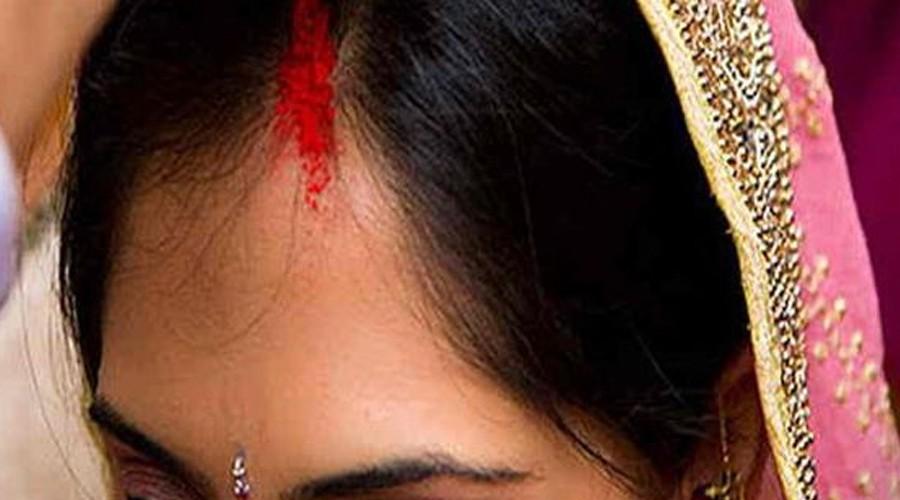 கணவரை இழந்த பெண்கள் பொட்டு வைக்கக் கூடாது க்கான பட முடிவு