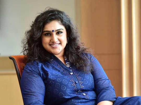 Vanitha Vijaykumar: வனிதா விஜயகுமார் 3வது திருமணம் செய்கிறாரா? இணையத்தில்  வைரலாகும் அழைப்பிதழ் - is vanitha vijaykumar getting married again this  month | Samayam Tamil