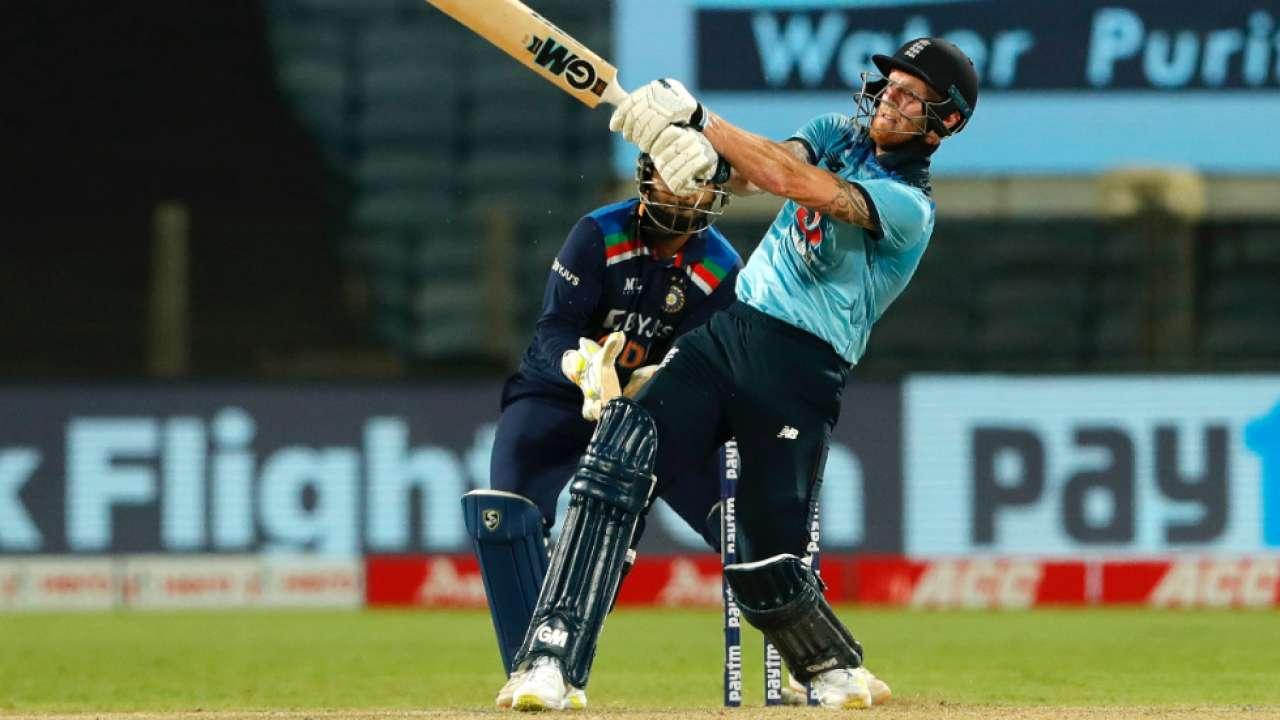 hardik pandya bows down to shikhar dhawan after ben stokes wicket