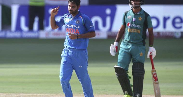 Image result for india vs pakistan live match in dubai in photo