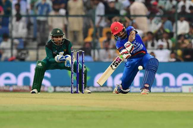Asghar Afghan started with a six off his first ball and then went big towards the end of his innings. He scored 67 off 56, hitting 2 fours and 5 sixes.