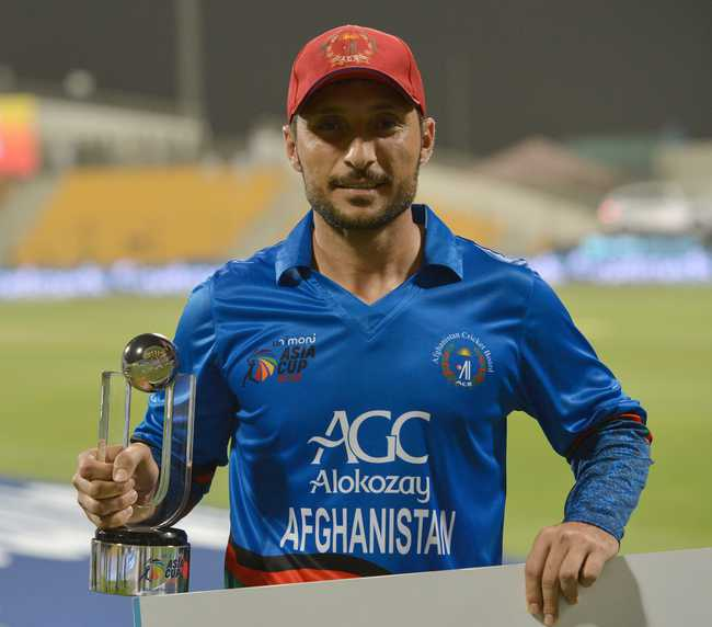 Rahmat Shah for his responsible 72 was awarded the Man of the Match.