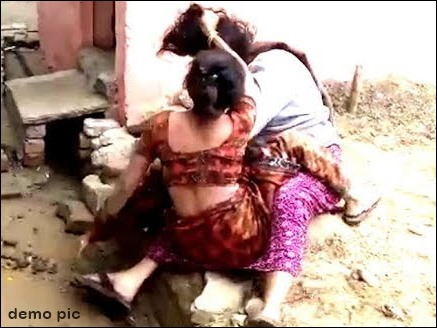 husband with two wives fighting க்கான பட முடிவு