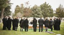 relatives-laughing-at-funeral
