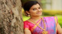 Actress shruthi raj latest insta photos goes viral