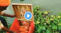 22 days old girl baby found on Ganga river viral video