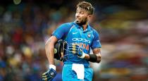 indian-player-harthik-pandeya---munaf-patel