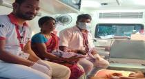 born-baby-in-ambulance
