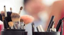Beauty salon woman commits suicide