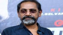 famous-director-admitted-in-hospital