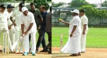 tamilnadu-cm-playing-cricket