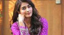 pooja hegde help 100 family who affected by corono lockdown