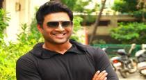 Madhavan not act as villain in pushpa movie