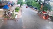 Kerala man great escape from fallen tree viral video