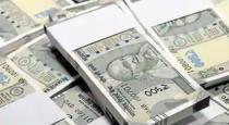 15-lakh-money-in-road