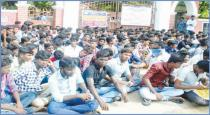 rajahs college student protest in front of the college