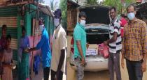 school-friends-help-to-poor-people