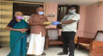 Minister vijayabaskar helped old people to get medicines