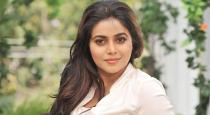 4 person threatening actress poorna