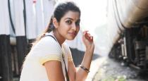pichaikaran-movie-actress-sadna-titus-son-photos