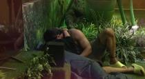 young-contestants-romance-in-bigboss