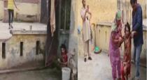 wife-locked-inside-toilet
